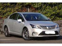 Toyota avansis 2014