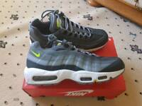 Nike air max 95 essential brand new size 9