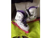 Olexo Size 1.5-2 Ice Skates with Carrier Case