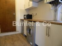 Studio flat with private garden including all bills in Hounslow East, free wifi & Indian TV