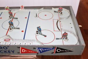 "Eagle ""Pro Hockey"" Table Top Hockey Game Toy"