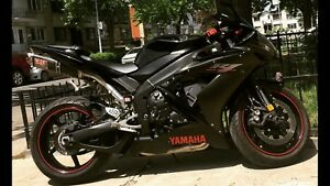 Yamaha R1 Raven Edition low kms