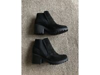 Black wedged new look heels (size5)