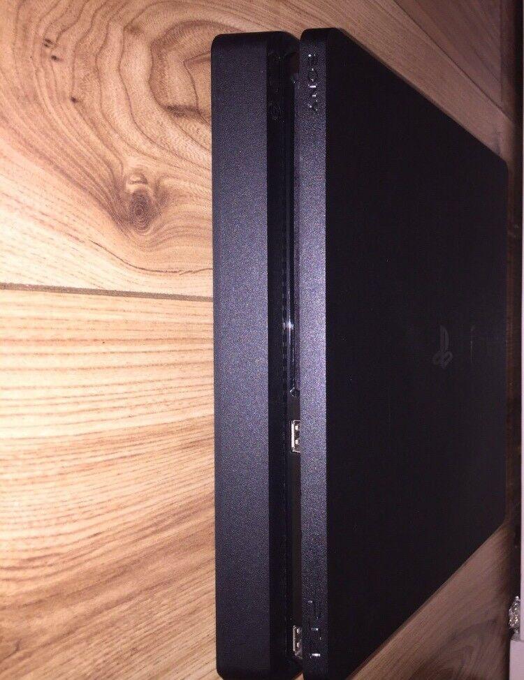 PS4 500GB BUNDLE || GTA V & COD IW