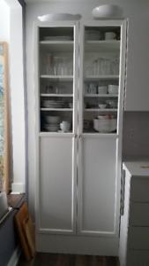 Bibliothèque ou vaisselier Ikea vitrée