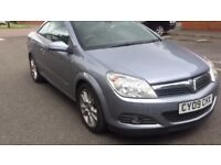 Immaculate Vauxhall Astra convertible with 11 months warranty