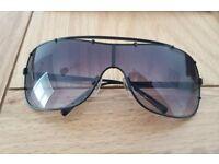 DKNY women's Sunglasses worth £100- NEW condition