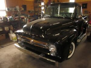 1954 Mercury M-100 pick up truck