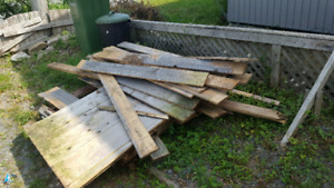 pile of fence boards
