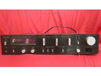 Technics SU-V5 Amplifier, Output 60 Watts per channel (black, with silver controls)