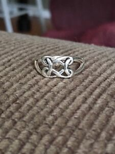 Boudicca sterling silver ring size 6