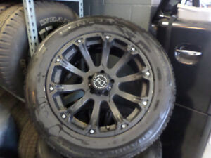 mags+tires 20 in     jantes+pneus 20po jeep