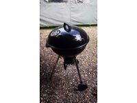 Kettle charcoal BBQ, used only 2 times, 57CM