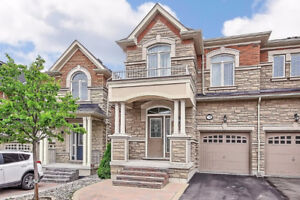 Dufferin and Rutherford - END UNIT TOWNHOME