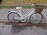 Classic Vintage Ladies Town Bike.. Raleigh Caprice