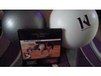 Kelly holmes balance board and 2 gym balls