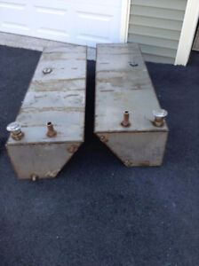 2 stainless steel gas tanks
