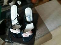 Kelly's formal sandles