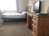 1 Ensuite Double Student Bedroom (Shared House, Plymouth PL4)