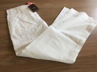 Ladies Savoir cotton cargo trousers in white sizes 10, 18, 20 and 26