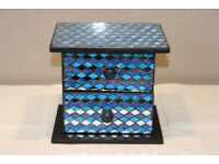 Blue sparkling jewelry box