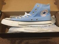 Brand new converse in size 7.5UK