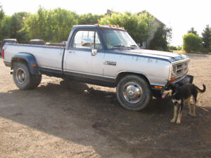 1990 Dodge D300 Rolling Chassis Rust Free Body