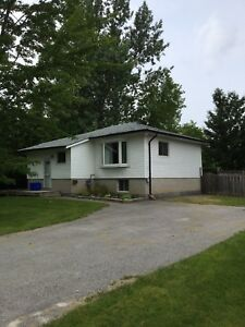 4 bedroom 2 bathroom home in South Keswick