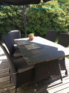 Patio dining table and 6 chairs