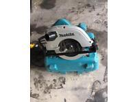 Mikita circular saw. 5704R 110v