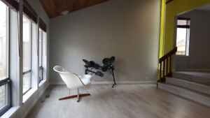 Modern, Large House in Prestigious Coquitlam Residential Area