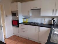 Cosy Single Room in a 3 Bed House, Amazing House!
