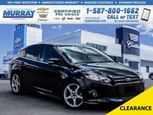 2014 Ford Focus **Leather Seats!   Sunroof!**