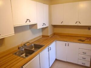 Spacious, Affordable, and Centrally Located 2 Bedroom Apartments Peterborough Peterborough Area image 9