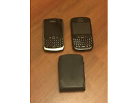 2 x BlackBerry 8520 Unlocked Mobile Phones - One works and One Doesn't