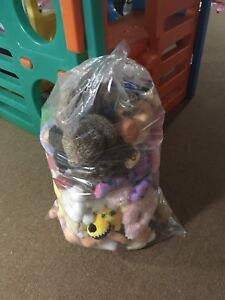 Bag of stuffies/dolls
