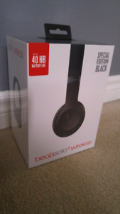 UNOPENED Beats Solo 3 Wireless SPECIAL EDITION Black