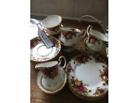 Time for tea! With Royal Albert. Six cups, saucers and plates in beautiful condition.