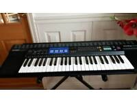 Casio Tone Bank CT-470 Electronic keyboard with stand and Manual