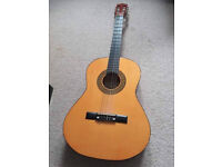 Acoustic Guitar. Great condition. Selling due to upgrade. Perfect for beginners.