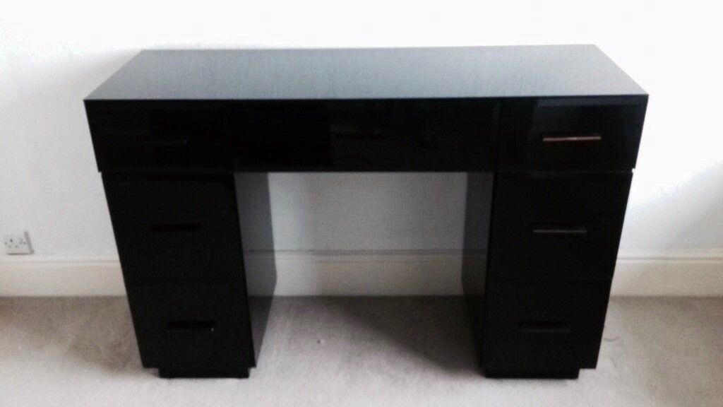 Black Glossglass Top Next Dressing Table Excellent Condition In - Black gloss dressing table
