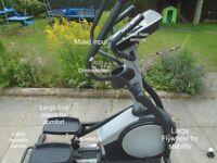X Trainer Nordik Track E7 SV. Multi programme X trainer.