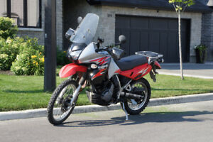 Great condition KLR 650 with saddle bags, tail bag + accessories