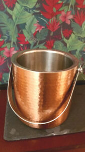 Copper and stainless steel moscow mule ice bucket. Never Used.