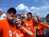 Roaming Door to Door Fundraising £253-£288 p/w plus Bonuses - No Experience Necessary
