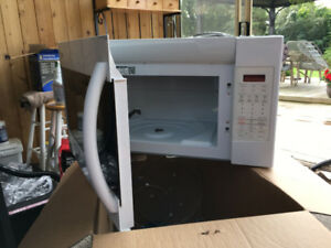 Microwave for over the stove white