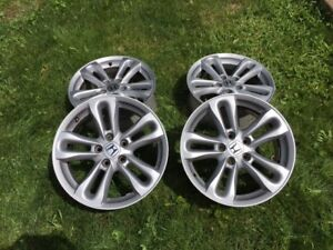 Honda Civic SI Wheels 17 X 7