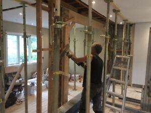 Charpente et installation de poutre d'acier et de bois