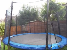 Brand new safety enclosure and spring cover for 10ft trampoline