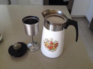 Cafetiere  ** Corningware ** Coffee Pot